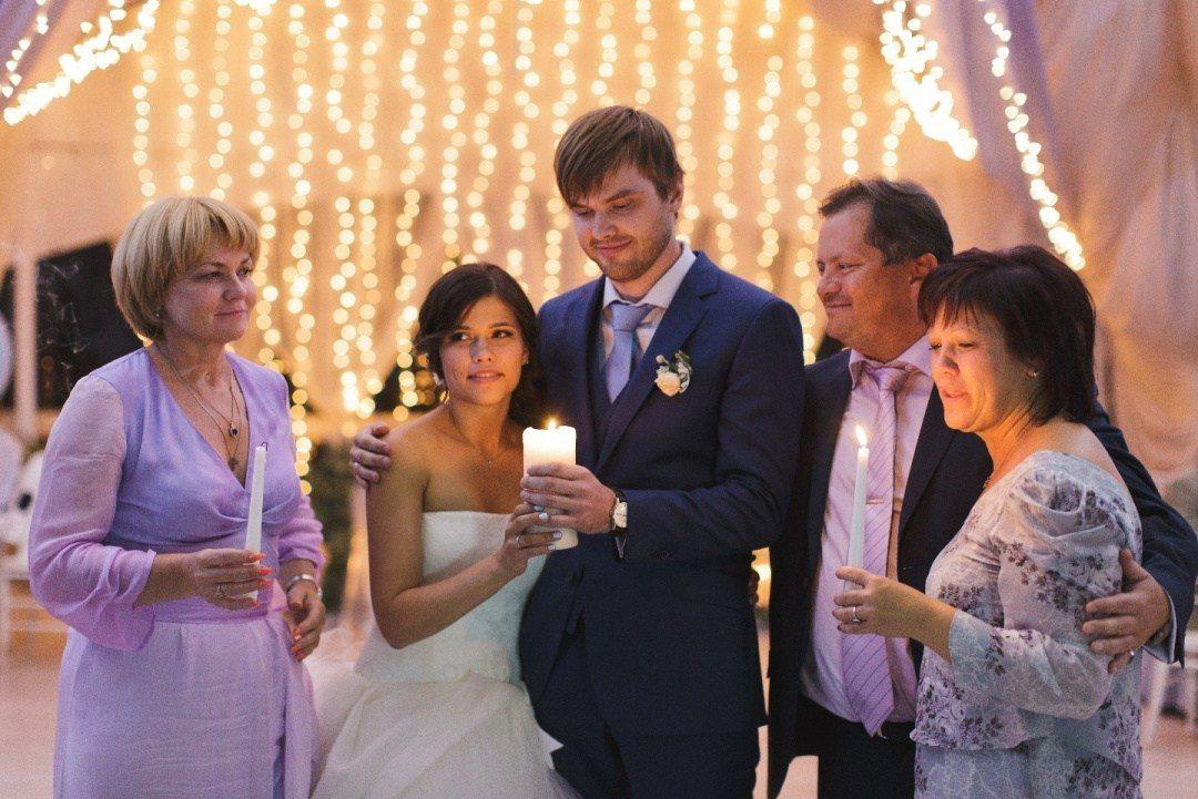 Свадебные традиции: зажжение семейного очага