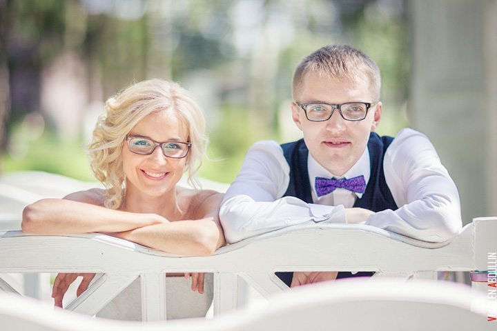 Яркая летняя свадьба