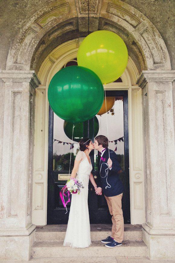 Конкурсы с воздушными шариками на свадьбе