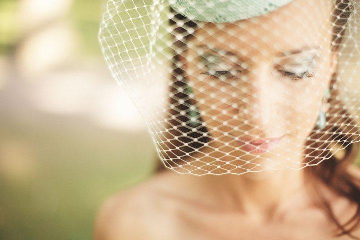 Создаем ретро образ невесты с помощью аксессуаров