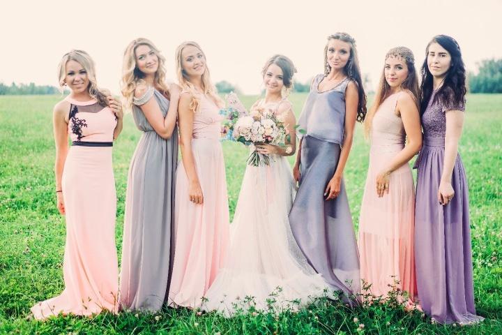 666eab24444b42 Сукні подружок нареченої: 8 головних трендів - все про весілля від А до Я