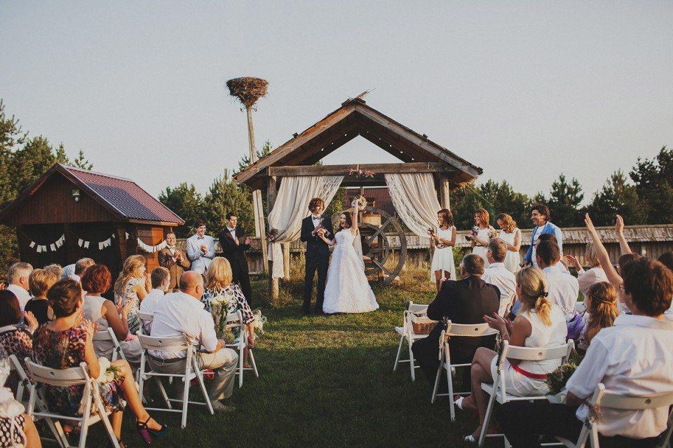 Атмосфера уюта своими руками: свадьба Ольги и Нистора