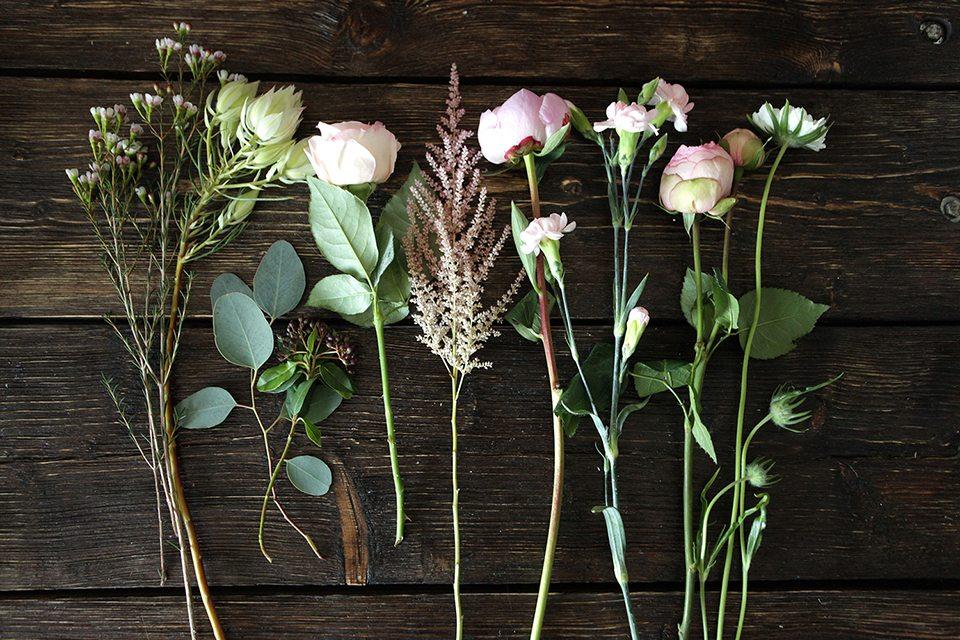 Цветочная кухня: розово-зеленое облако цветов
