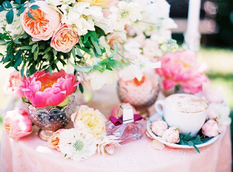 Нежность цветка: свадьба Александра и Ирины