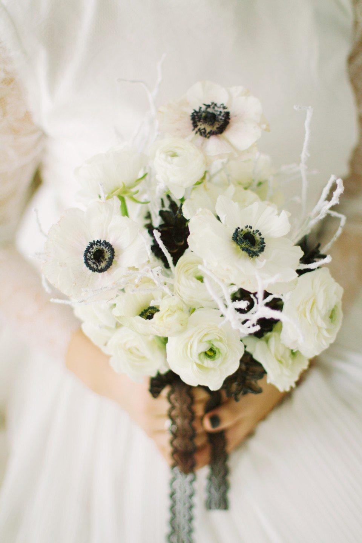 Черно-белая любовь: стилизованная свадебная съемка