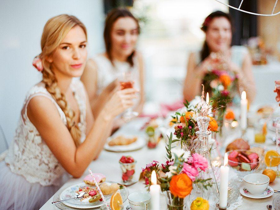 Весна в октябре: предсвадебный бранч с подругами