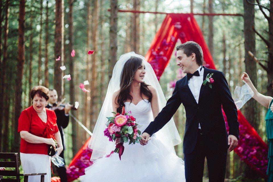 В цветах страсти: свадьба Владимира и Кристины