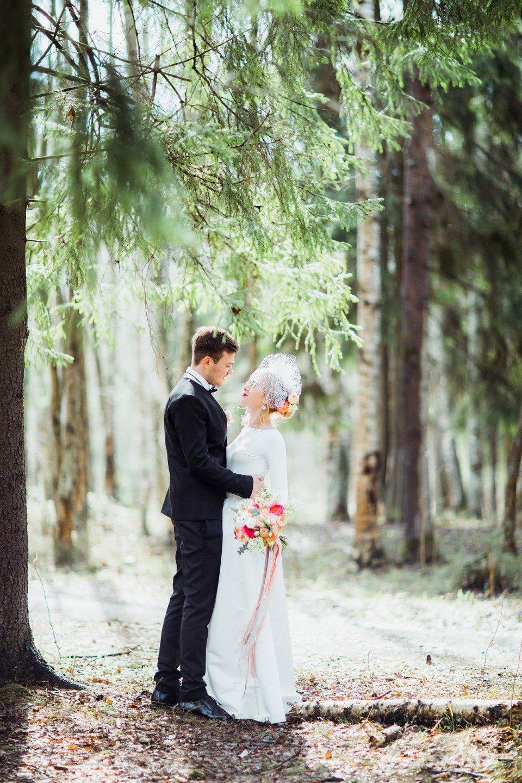 И в дождь, и в снег: свадьба Ульяны и Дмитрия