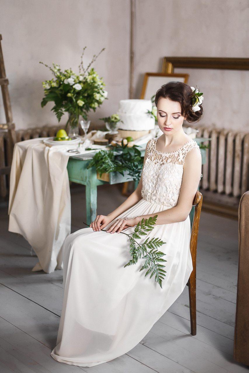 Белый, зеленый, пятнистый: стилизованная съемка