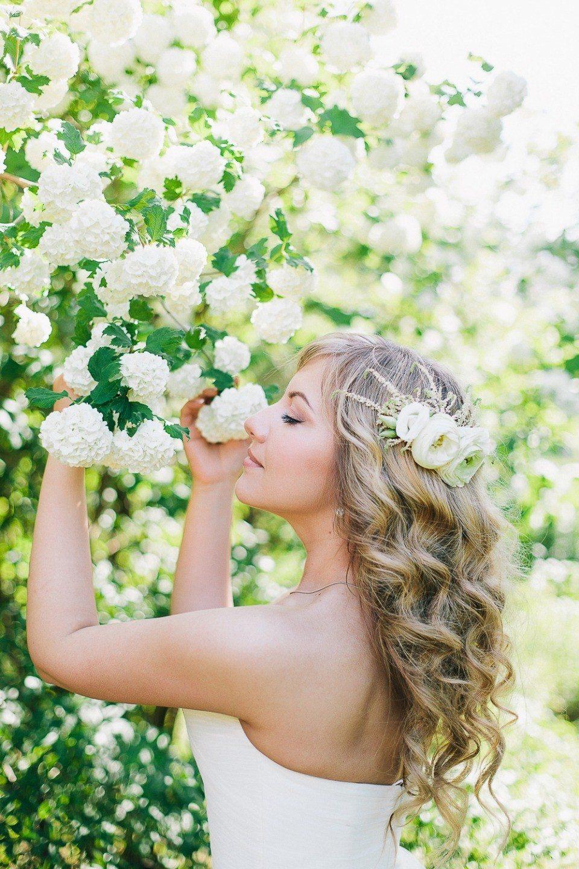 Закулисье свадеб: весенняя нежность Вани и Юли