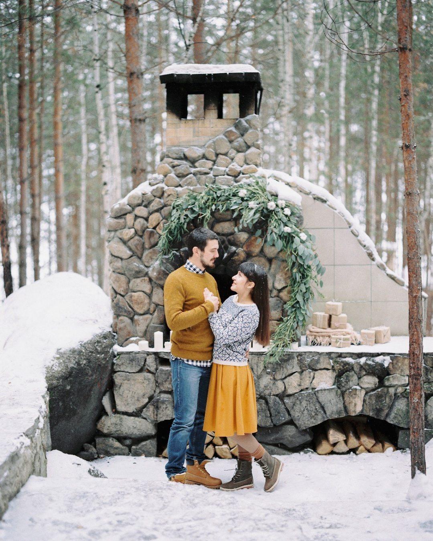 У рождественского камина: love-story Антона и Ани