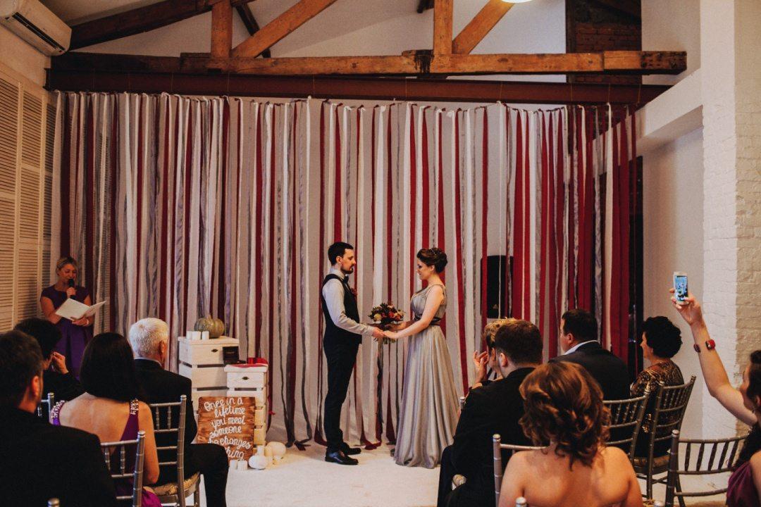 В стиле лофт: свадьба Антона и Мики