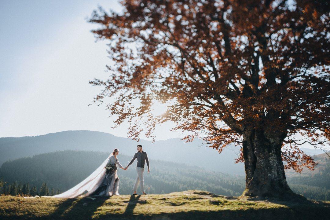 Мнение: Анна Белоус о живых свадебных фотографиях