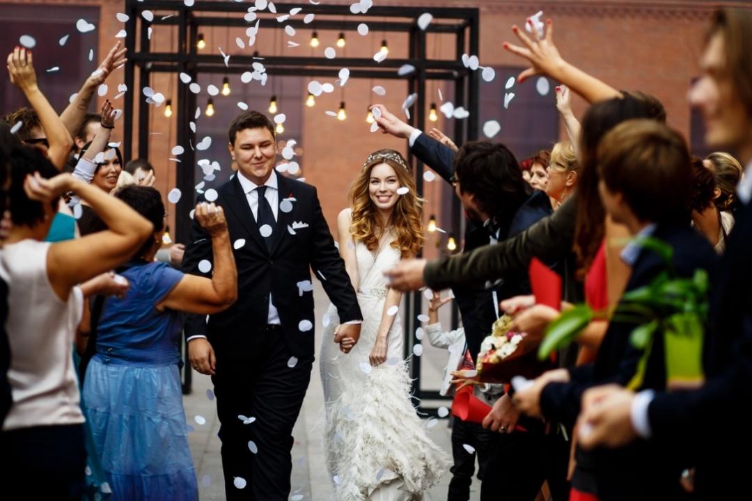 По мотивам комиксов: свадьба Анастасии и Мирослава