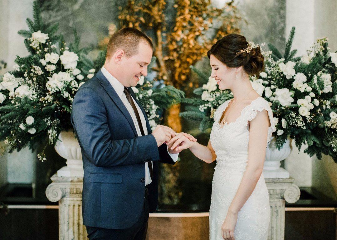 Тепло и нежность зимы: свадьба Марии и Марка