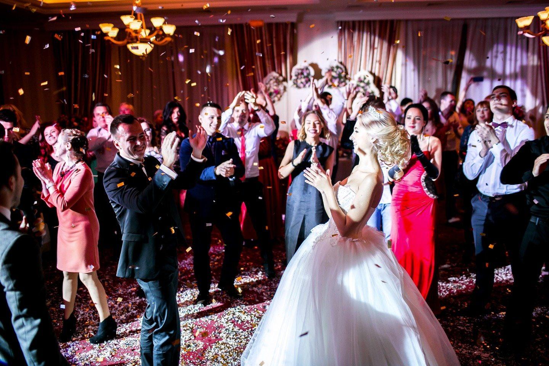 Вечная классика: свадьба Юлии и Дениса