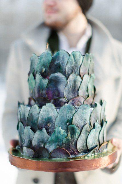 Торт, декорированный цветными слайсами груши от Тортик Аннушка Автор фото: Warmphotos; свадьба Евгении и Антона