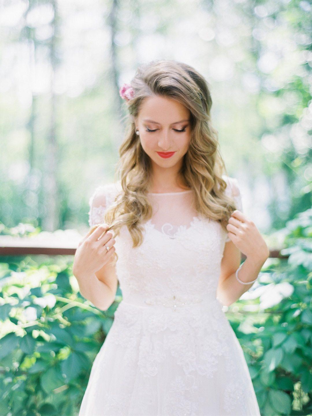 Яркий рустик: свадьба Ники и Леши