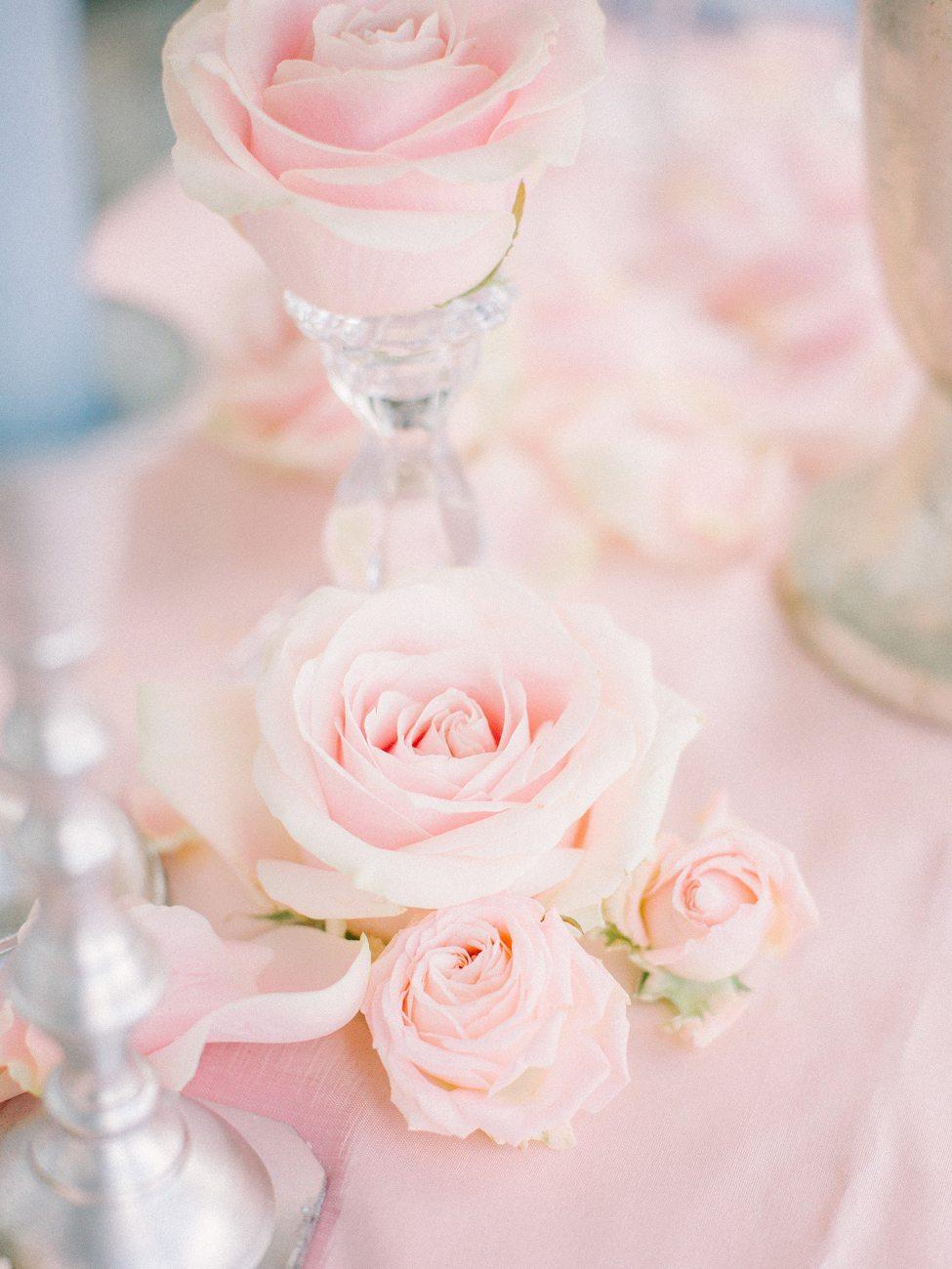 Розовый кварц: стилизованная фотосессия