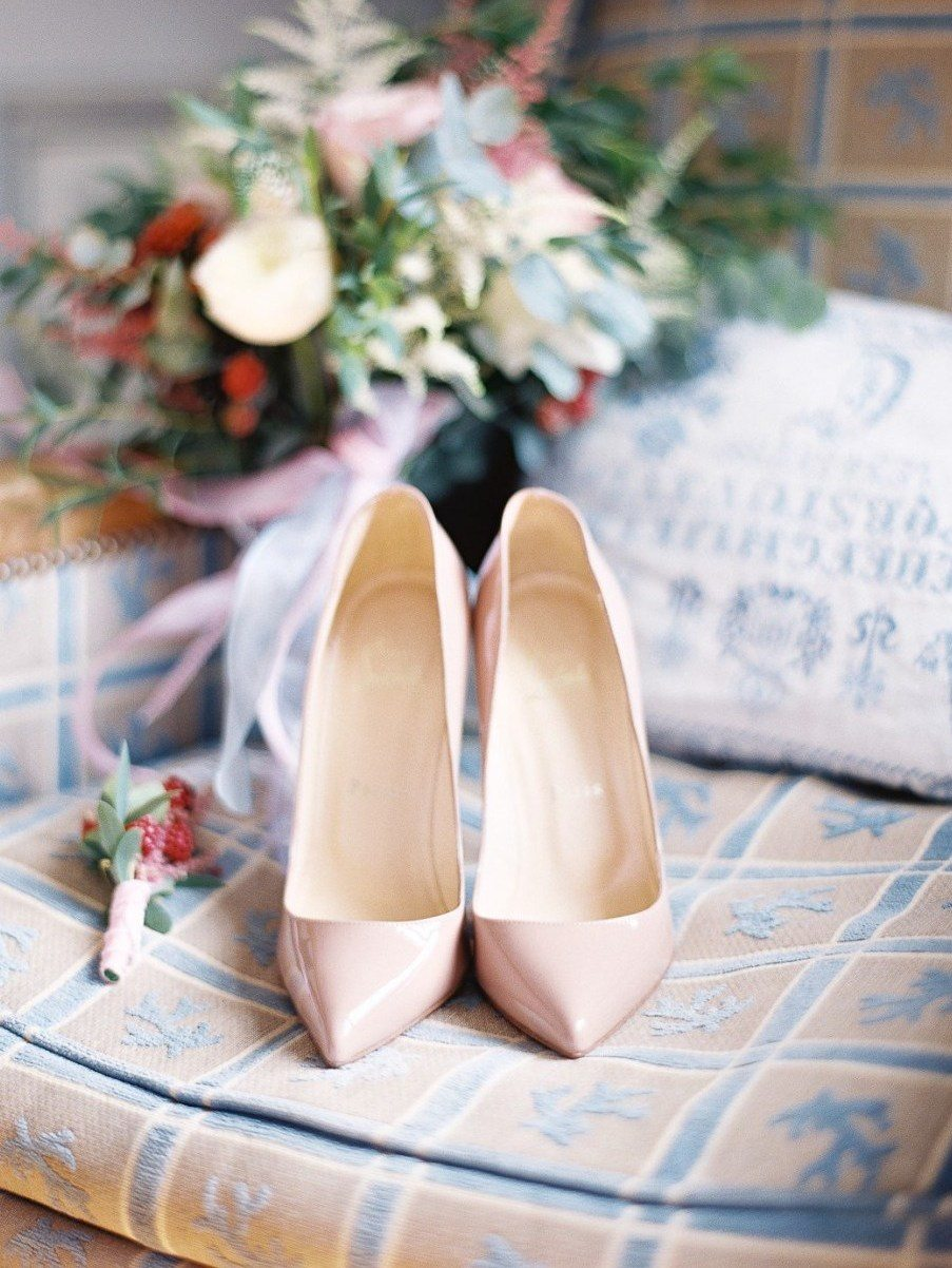 Идеальная пара: 22 невесты и их туфли