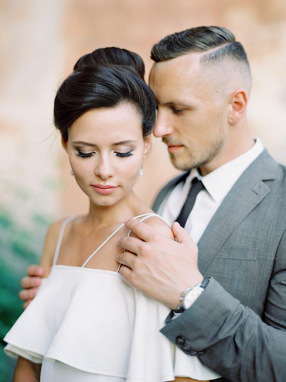 Естественная красота: как остаться собой под свадебным макияжем?