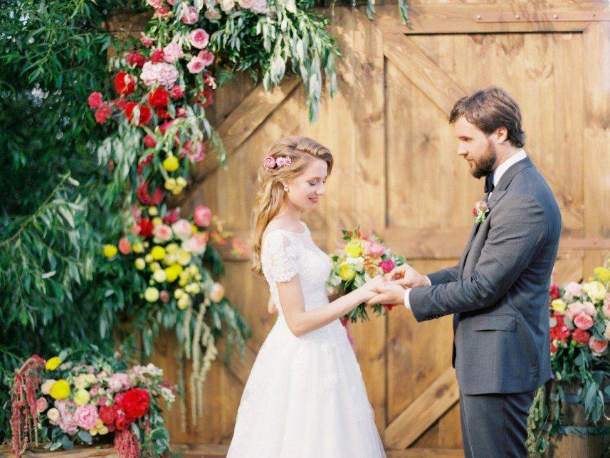 20 альтернатив свадебным аркам: примеры с реальных свадеб
