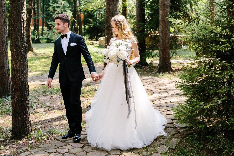 Черно-белая классика: свадьба Дмитрия и Кристины