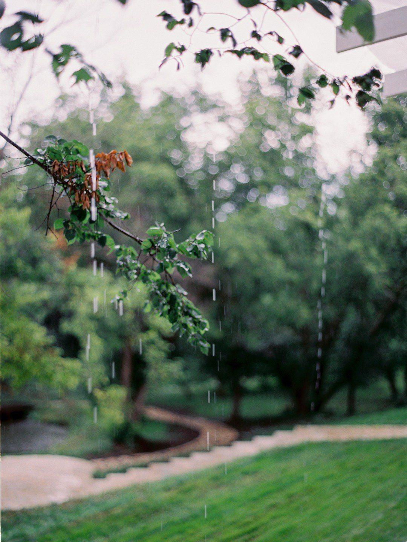 Как подготовиться к дождю в день свадьбы?