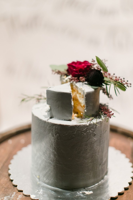 Как мы организовали камерную свадьбу в лофте: история Даши и Леши
