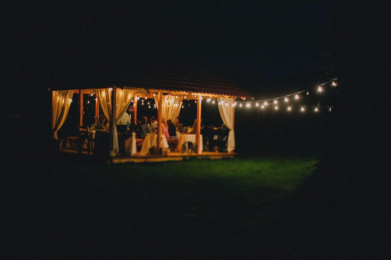 Романтика походов: свадьба Димы и Ани в горах