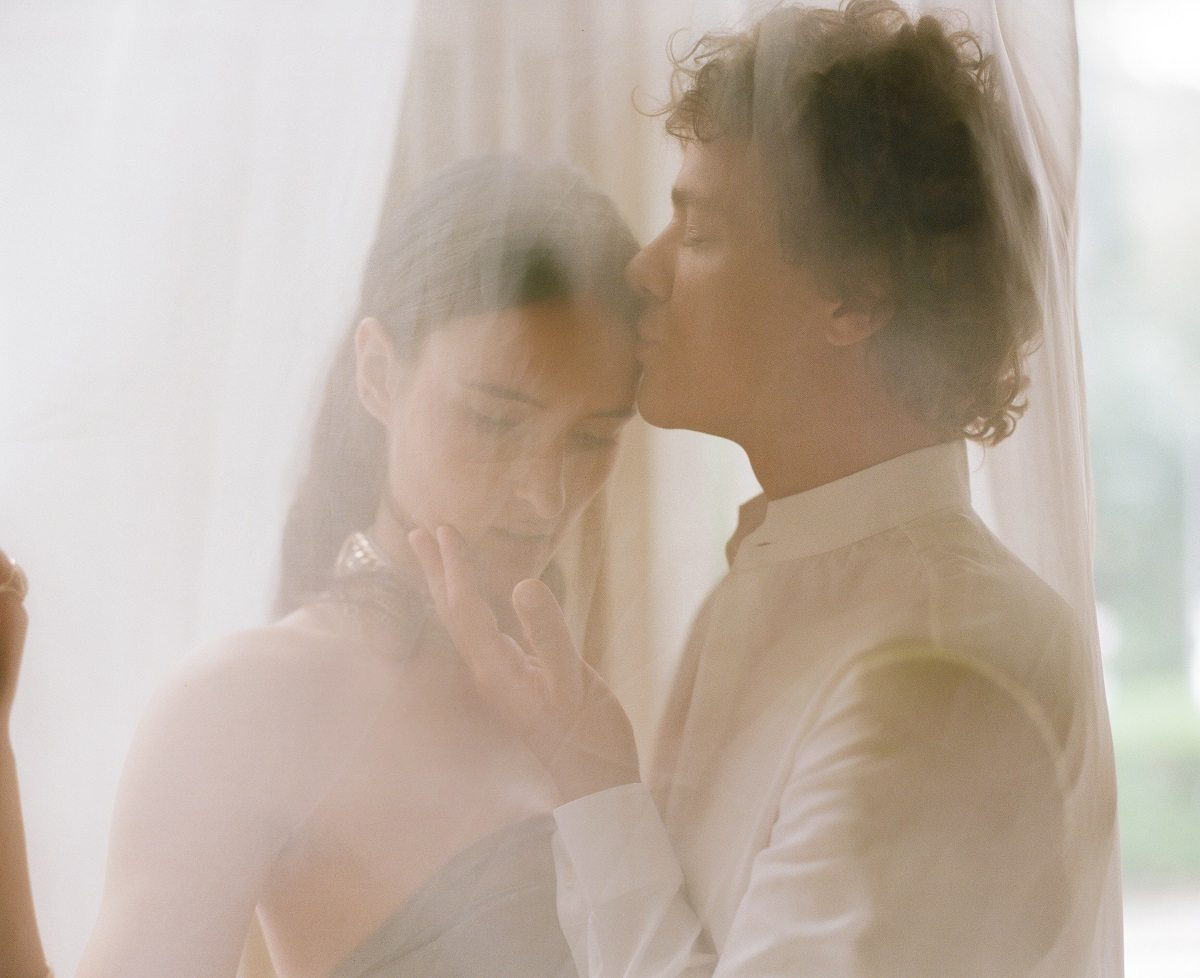 Поцелуй: стилизованная фотосессия