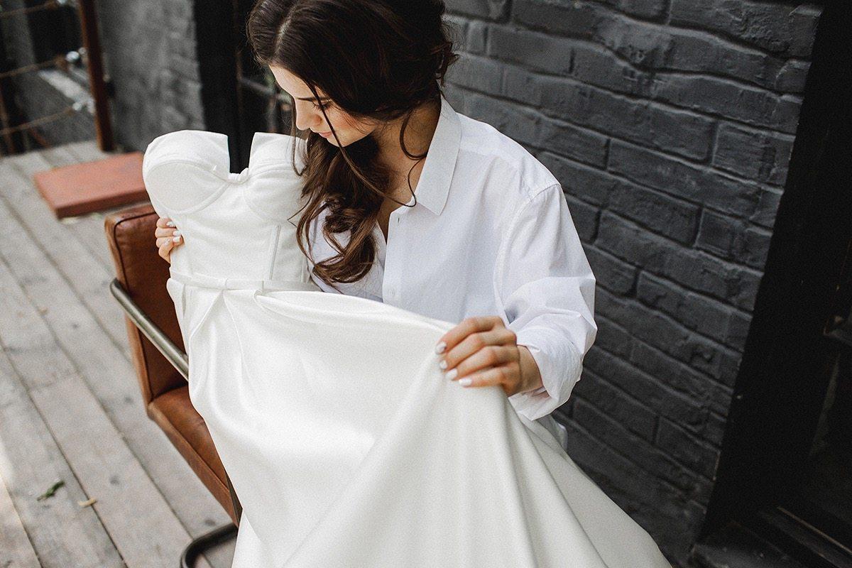 Минималистичный лофт: свадьба Антона и Кати