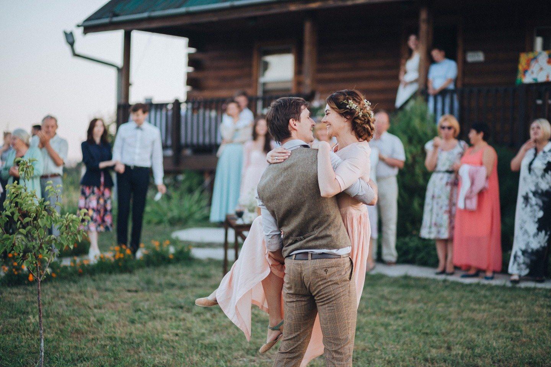 Фото невест в деревне, Свадьба без гламура и пафоса. Фото деревенской свадьбы 26 фотография
