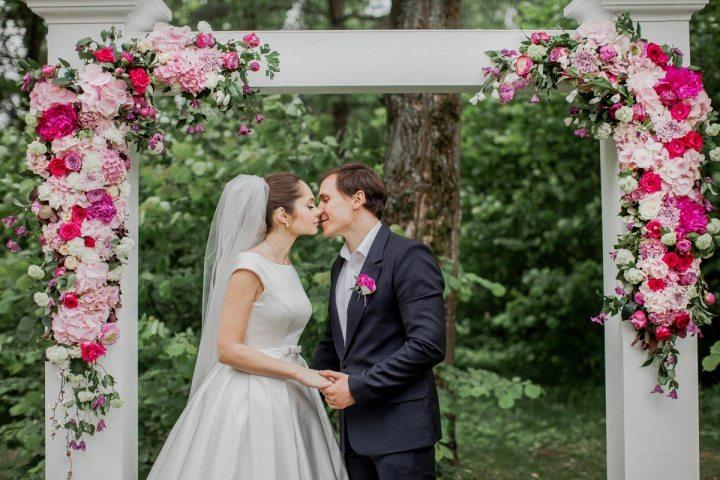 романтичная история знакомства познакомились на свадьбе