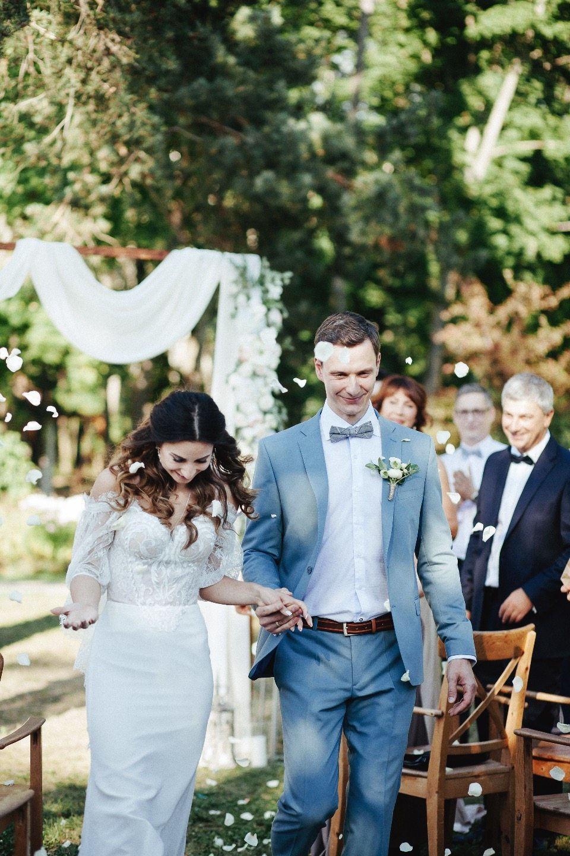 Романтичный рустик: свадьба Ильи и Ксении