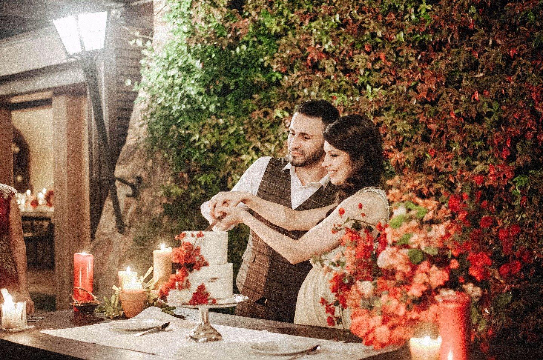 Гранатовая свадьба: история Карины и Гарика