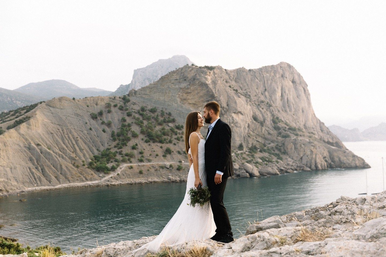 С ветром в волосах: свадебная love-story Леонида и Анны