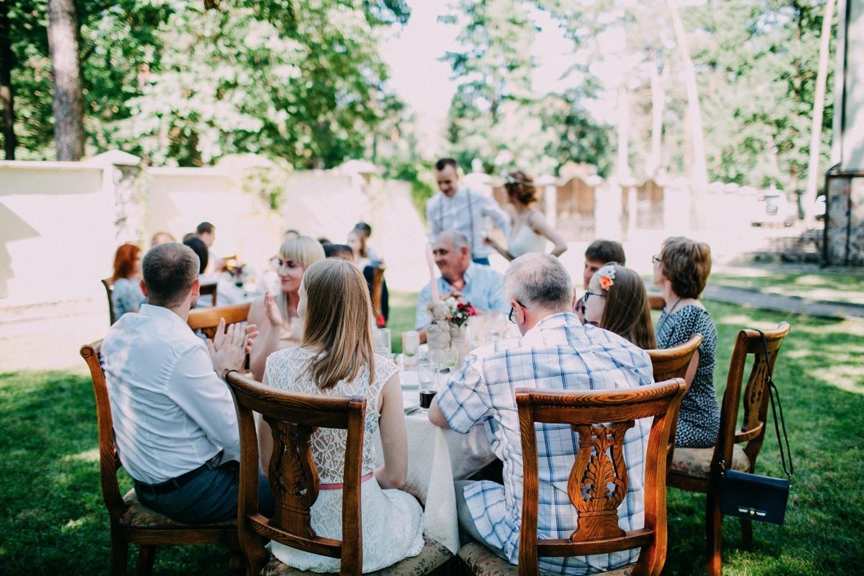 Загородная свадьба в формате фуршета
