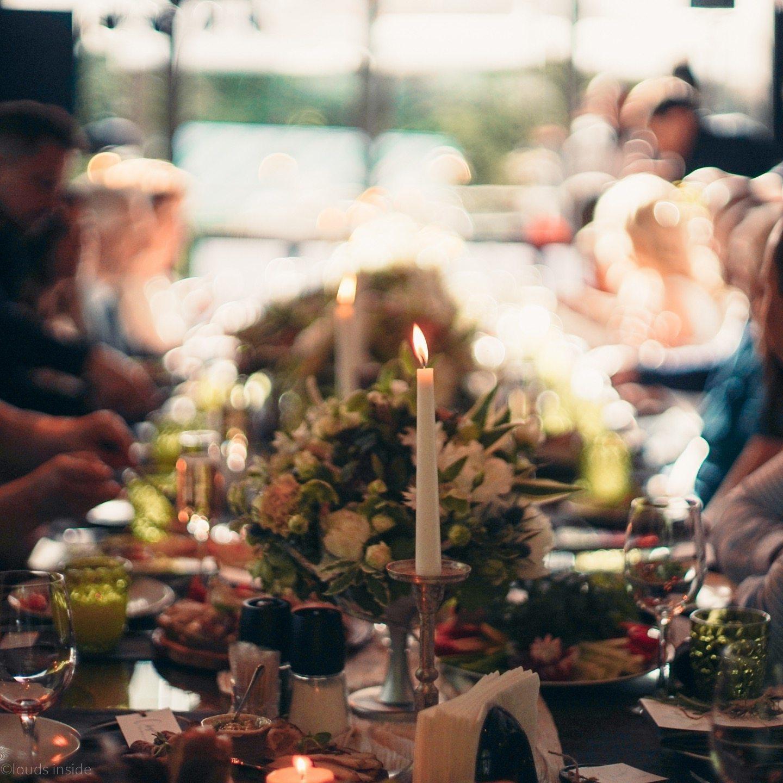 Элегантная камерная свадьба в Ботаническом саду