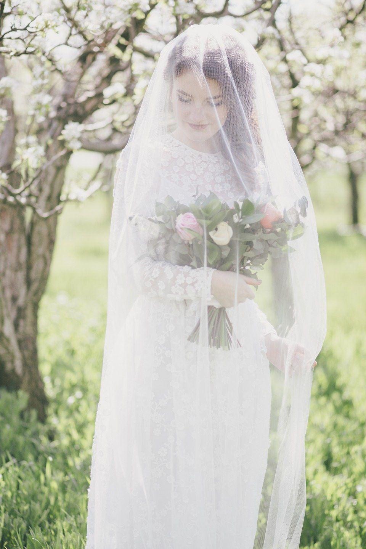 В цветущем саду: свадьба Валерия и Яны