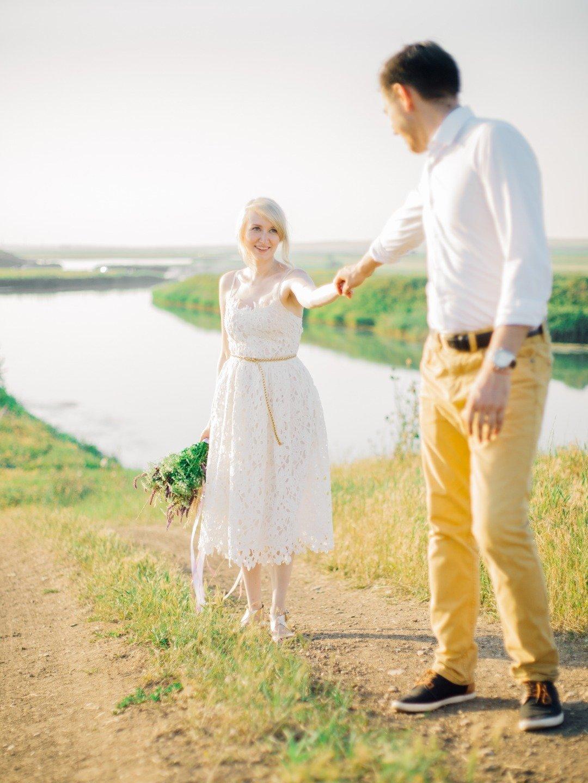 Годовщина в объятиях солнца: love-story на природе