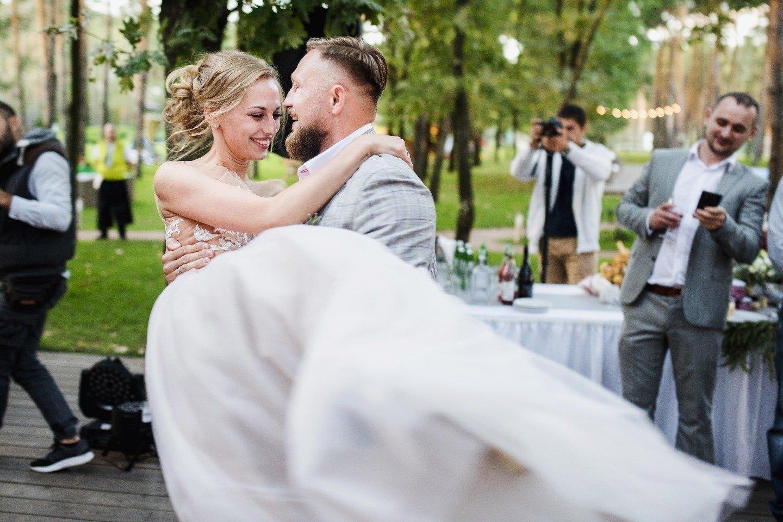 Счастливый сентябрь: осенняя свадьба в лесу