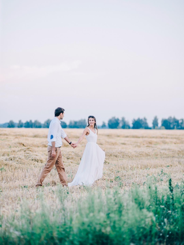 На закате лета: love-story в поле
