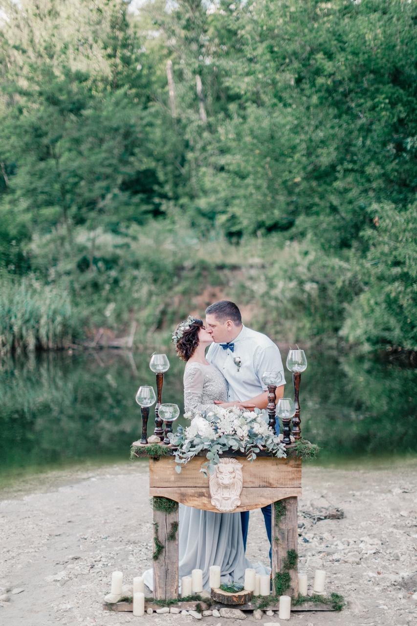 Свежесть летней реки: love-story в стиле ампир