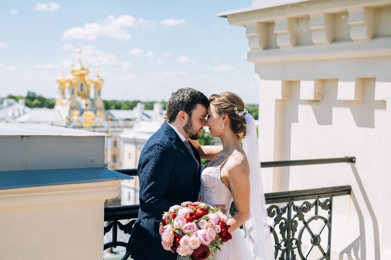 Счастье быть семьей: летняя свадебная love-story