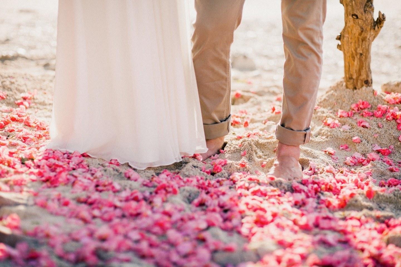Под шум прибоя: свадьба для двоих на Бали