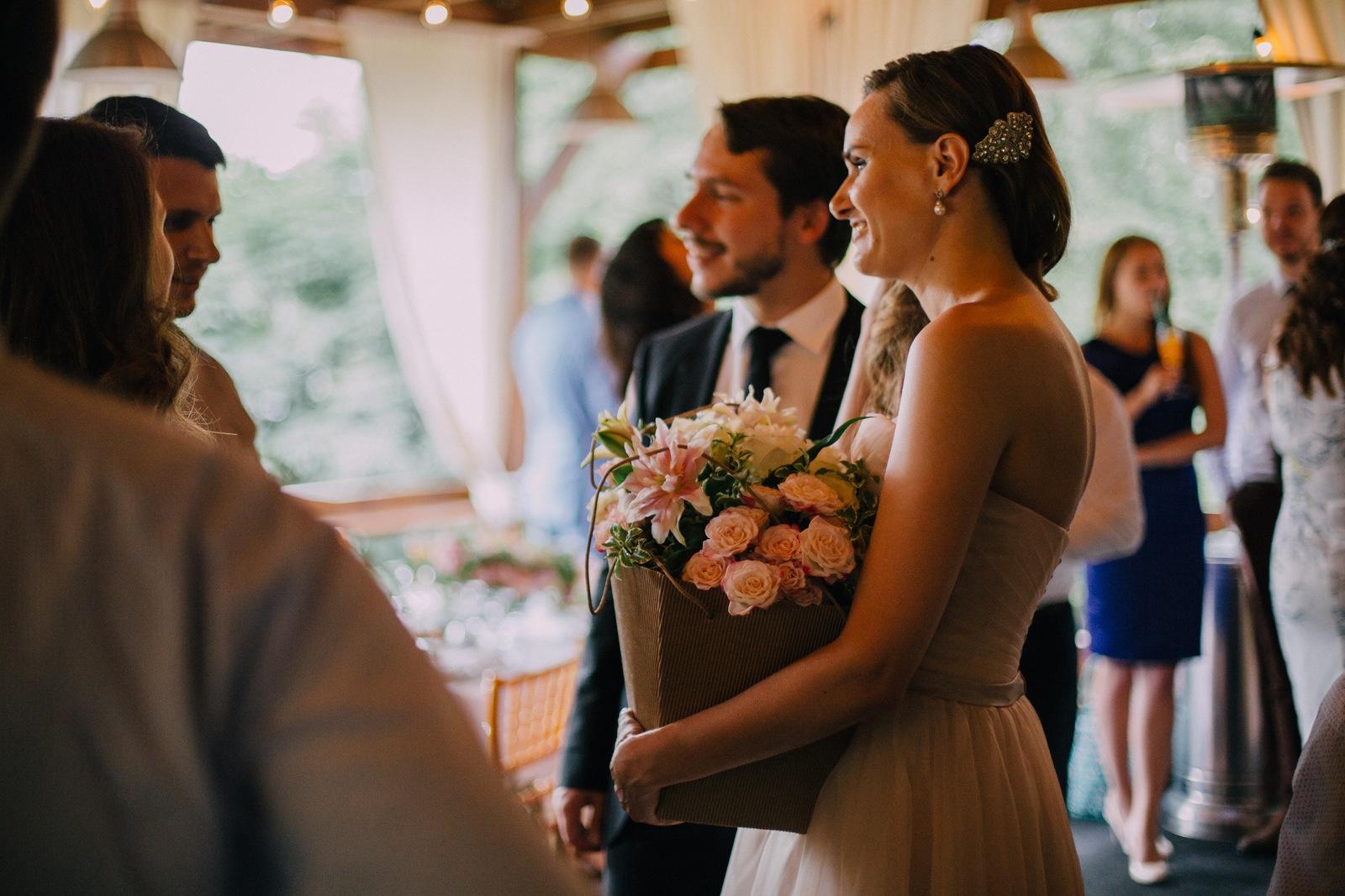В сердце города: свадьба в парке Горького