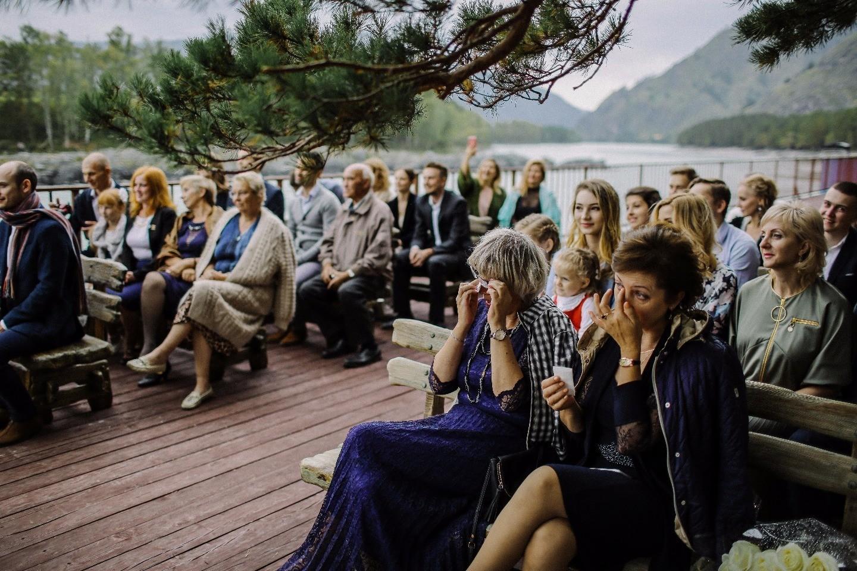 Скандинавский минимализм: свадьба на Алтае