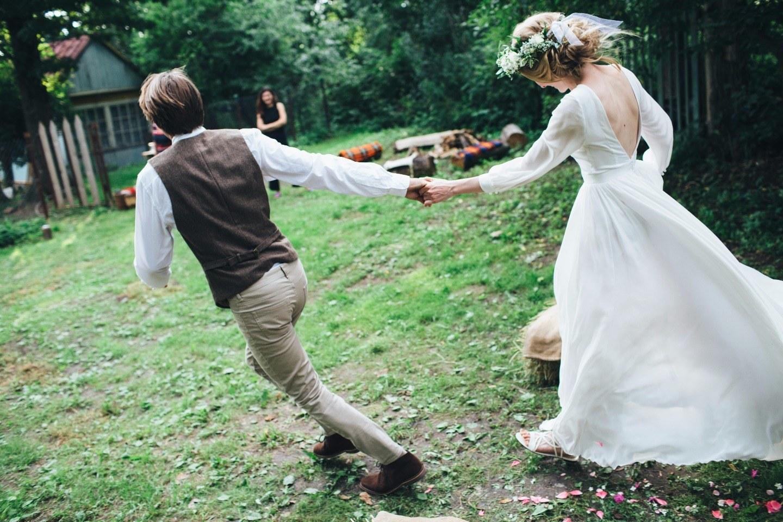 Фото невест в деревне, Свадьба без гламура и пафоса. Фото деревенской свадьбы 29 фотография