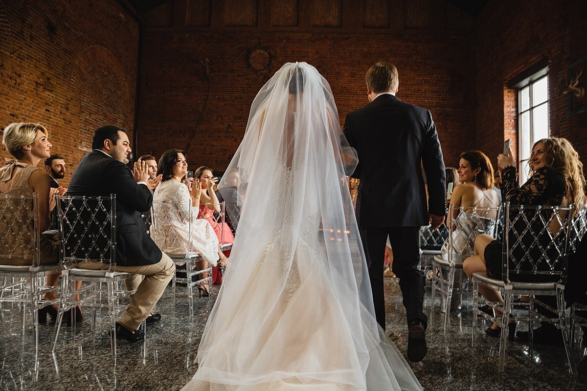 Городской шик: свадьба в лофте